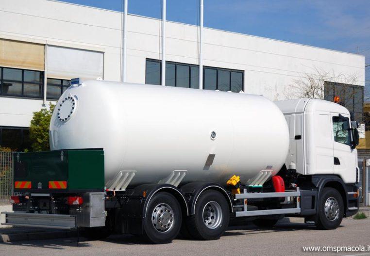 SCANIA G320 LB6X2 - 22.500 litri - autocisterna per trasporto