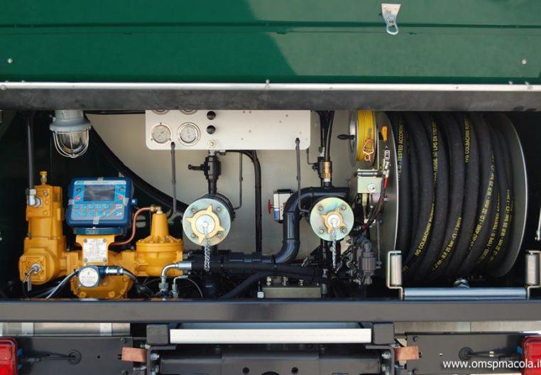 SCANIA G320 LB6X2 - 22.500 litri - impianto di scarico
